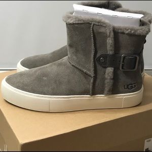 New UGG Aika Mole Suede Boot
